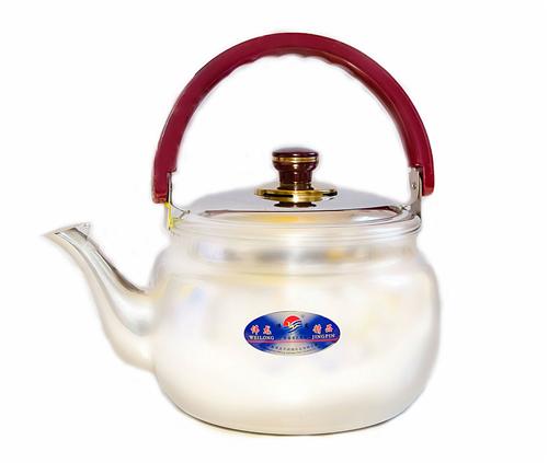 Чайник со свистком DMD KE-D1018